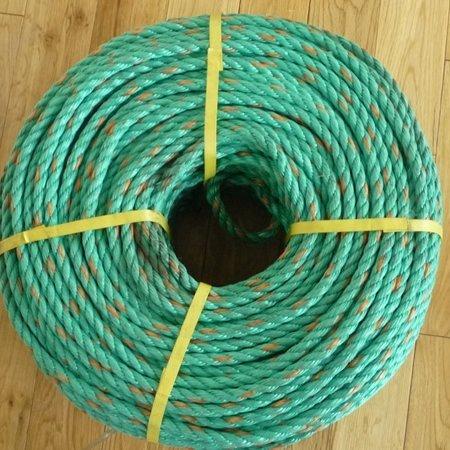A wheel of green12mm polypropylene rope