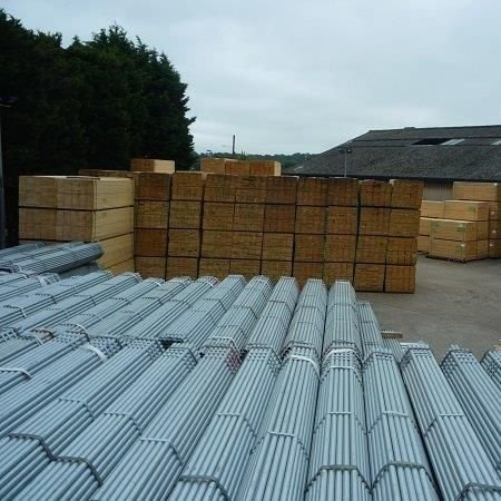 Galvanised scaffold tubes in bundles of 61 in a stockyard